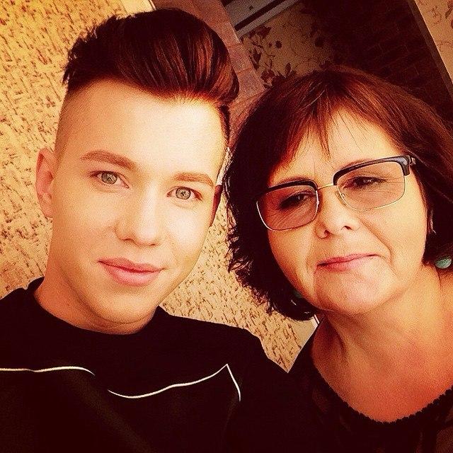 Владислав и мама 2014 год